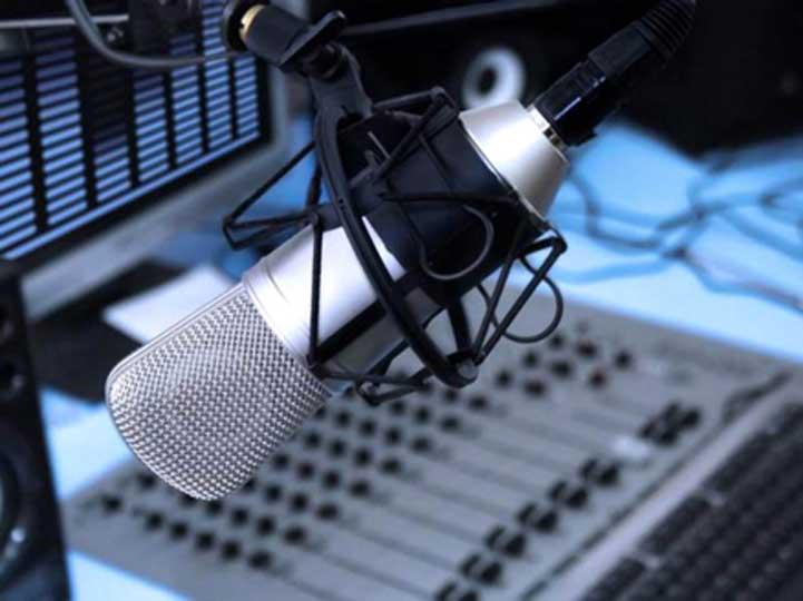 Верховная Рада приняла квоты на украиноязычную музыку в эфире радиостанций