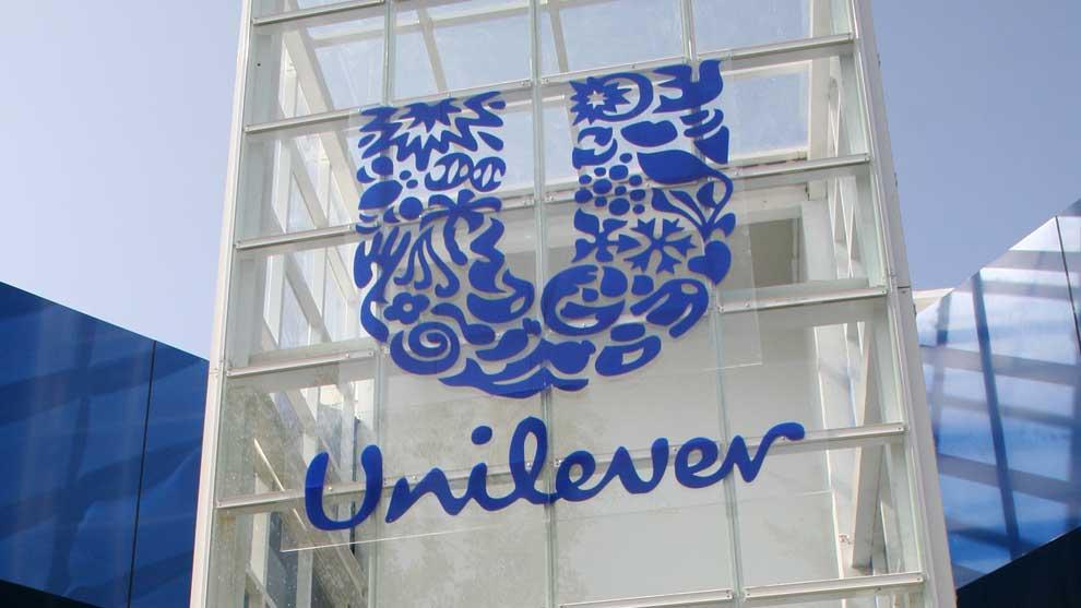 Unilever покажет в своей рекламе более реалистичных мужчин и женщин
