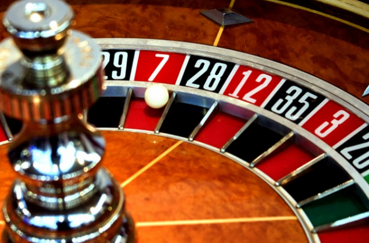 В Молдове запретили рекламировать казино и игровые залы