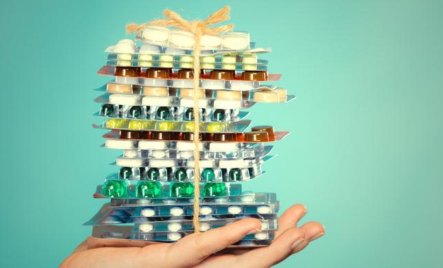 За бесплатную раздачу лекарств накажут манатом