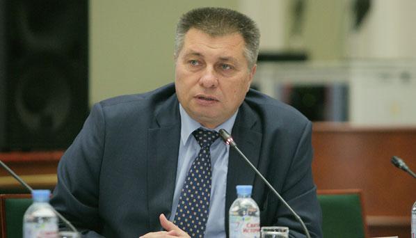 Андрей Кашеваров призвал фармпроизводителей бережнее относиться к своей рекламе и высказался против запрета рекламы безалкогольного пива