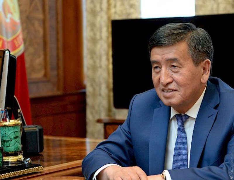 В Кыргызстане запретили рекламировать алкоголь в интернете