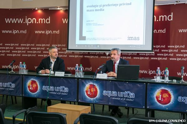 Треть молдаван уверены, что СМИ предоставляют полностью ложную информацию