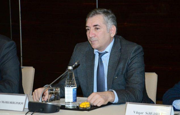Азербайджанский язык в СМИ и рекламе – под контролем