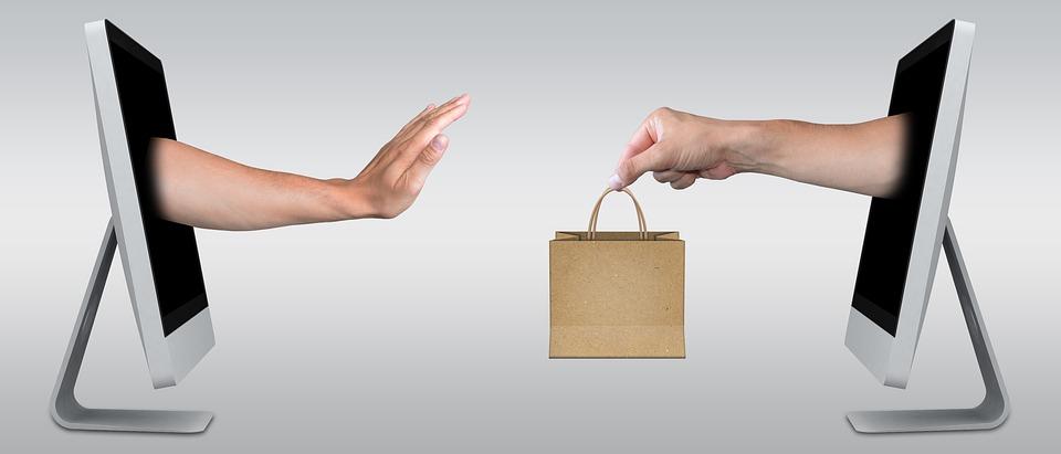 Антимонопольщики: рекламораспространитель обязан проверить рекламу на соответствие её закону