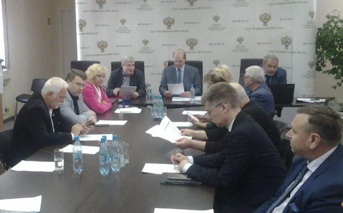СРО в Санкт-Петербурге и рекламный бизнес: точек соприкосновения становится больше