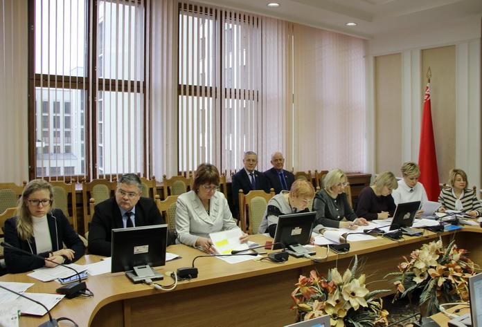 Большинство поправок в законопроект «Об изменении законов по вопросам рекламы» рабочая группа поддержала