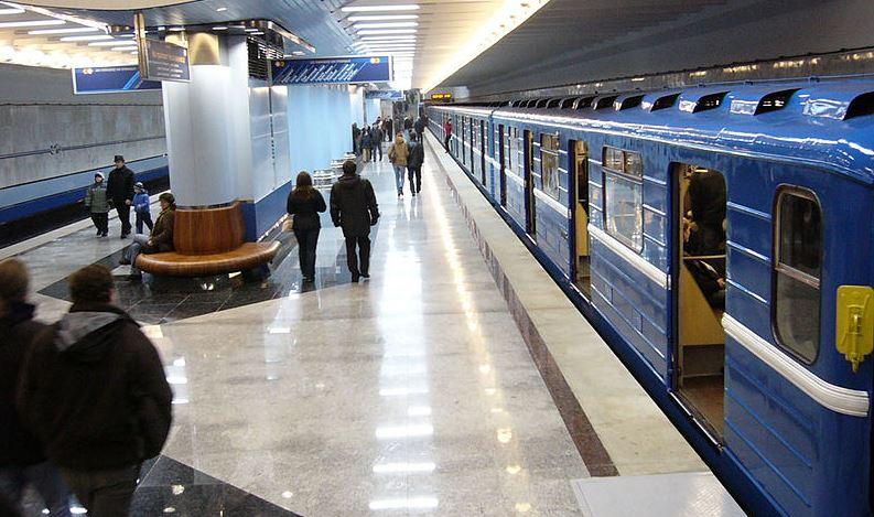 Операторам рекламы в минском метро требуется поддержка