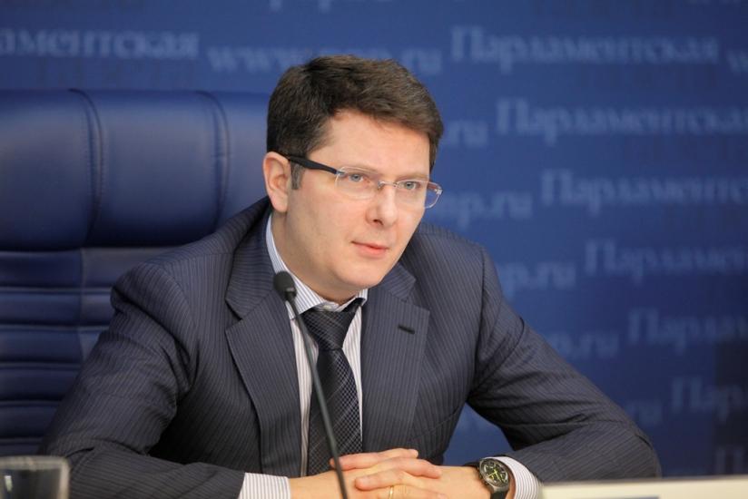 Депутаты Госдумы занялись наружной рекламой