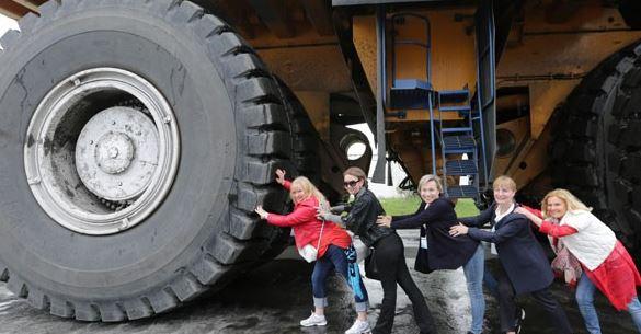В Беларуси туристам вместо привычного автобуса предложат… самосвал