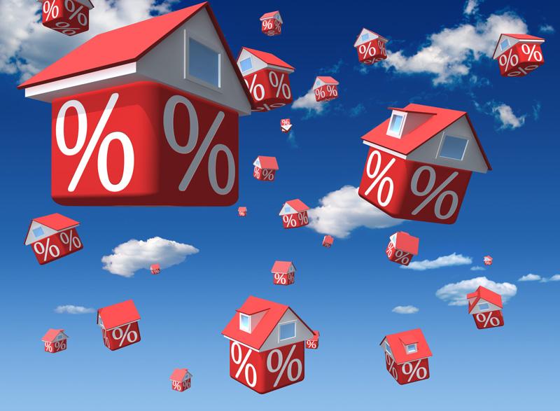 Желание застройщиков заманить покупателей квартир понятно. Но зачем при этом нарушать закон?