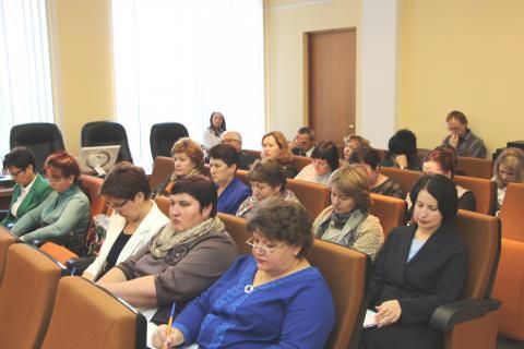 Совещание у губернатора, выступление на радио, участие в семинаре, приём граждан… Вот так и живут руководители УФАСов