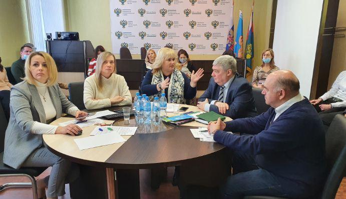 На встрече в Пскове обсудили пределы допустимого в рекламе